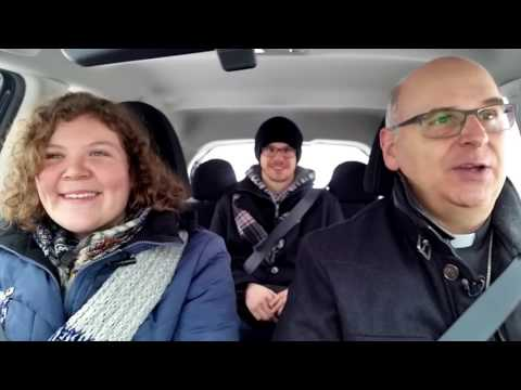 « Carpool karaoke » à Québec, évêque au volant