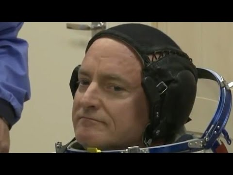 Astronaut Scott Kelly prepares to leave space