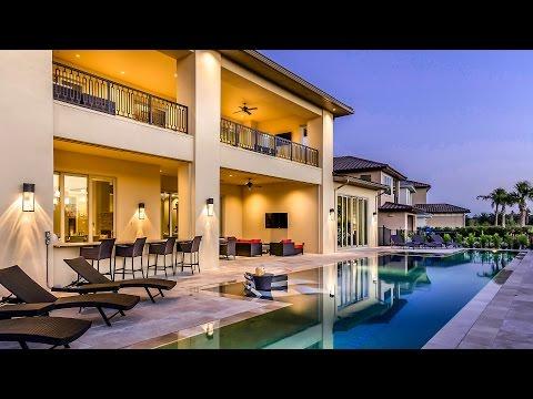 Amazing vacation homes: tour a 9-bedroom villa in Orlando, Florida!