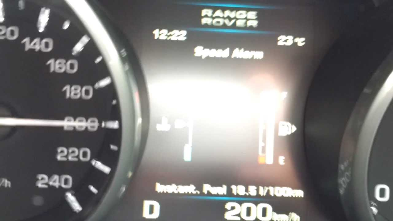 Range Rover Evoque SD4 @ 209km/h top speed run - YouTube