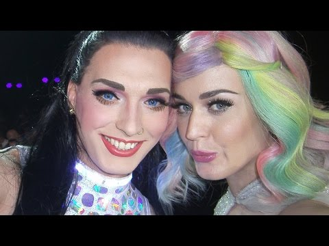 With Katy Perry on Stage: PWT Berlin Selfie
