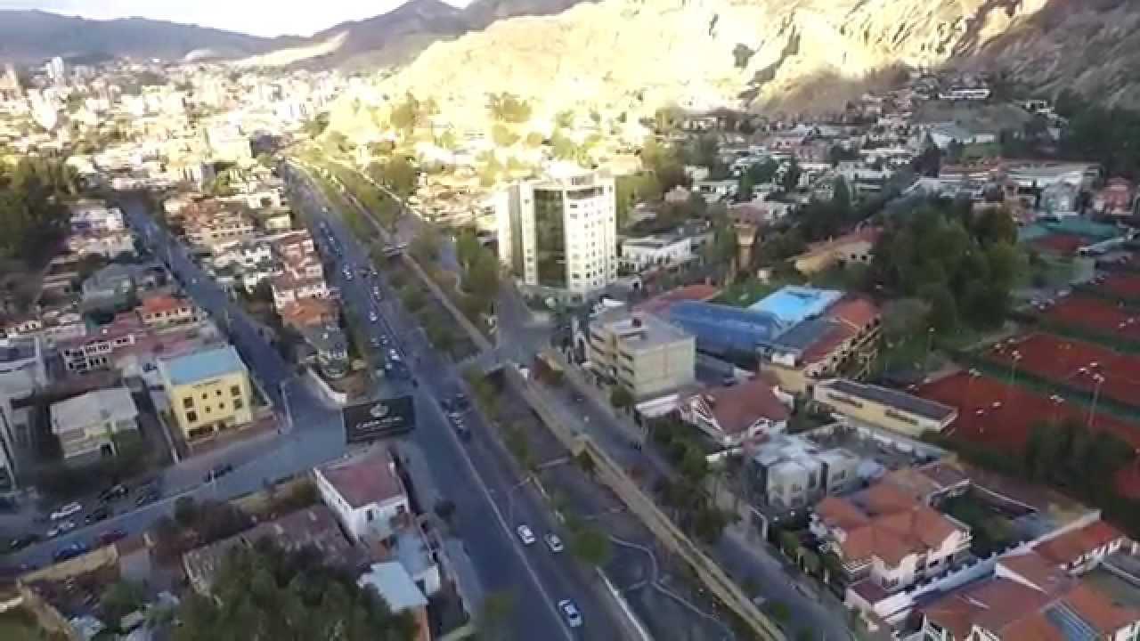 La paz bolivia zona sur calacoto test flight dji phantom for Grabado de cristales zona sur