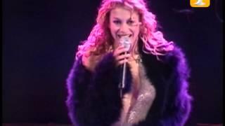 Paulina Rubio, Yo No Soy Esa Mujer, Festival de Viña 2002