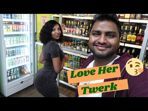 Enjoying Wild Nightlife Of Kenya With Beautiful Girl ||Must Watch