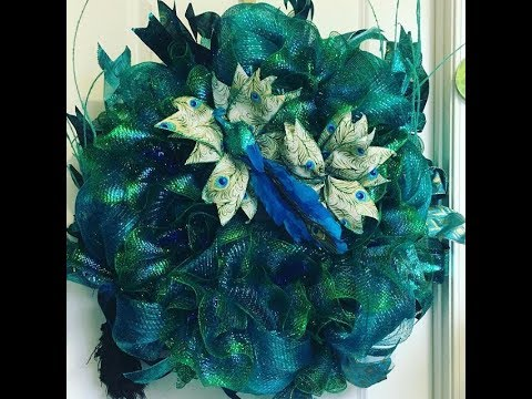 How To Make A Peacock Wreath Using Several Methods