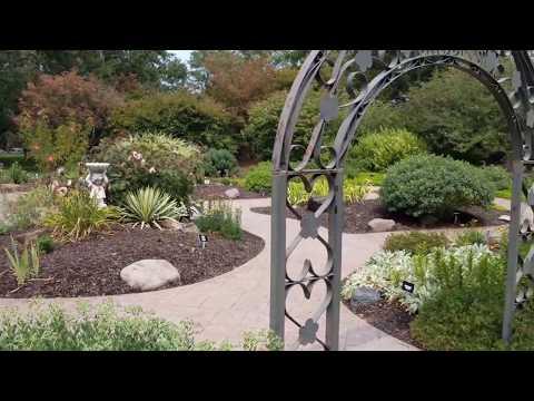 Shelter Insurance Gardens : Succulent Garden Visit : July 2017