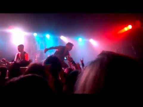 Bury Us In Black-Ashestoangels [live at Cabaret Of The Damned]