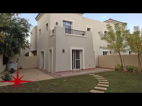 3 BR Townhouse With Study, Close to Pool and Tennis Court In Alma