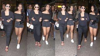 Watch Kajol Wid H0T & Gorgeous Daughter Nyasa Devgan Spotted At Airport