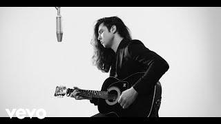 Смотреть клип Billy Raffoul - Lovely