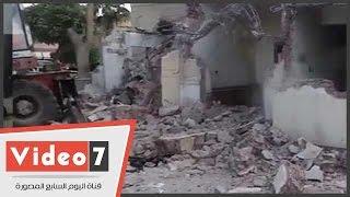 بالفيديو.. هدم مسجد كلية تجارة تنفيذا لقرار جامعة القاهرة
