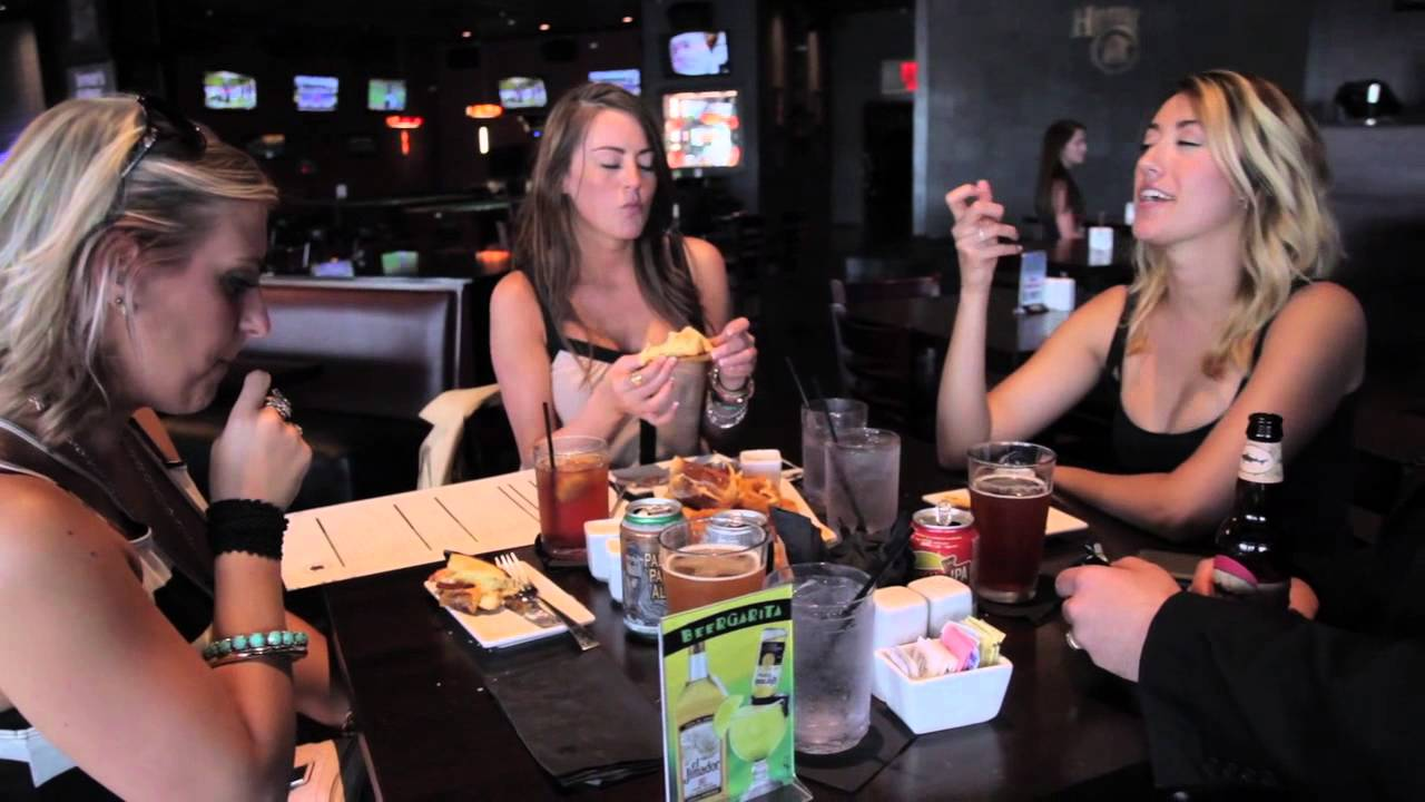 Food And Entertainment Arlington Heights Il Youtube