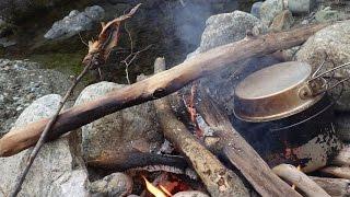ソロキャンプ 渓流釣りとイワナと焚き火 20160305