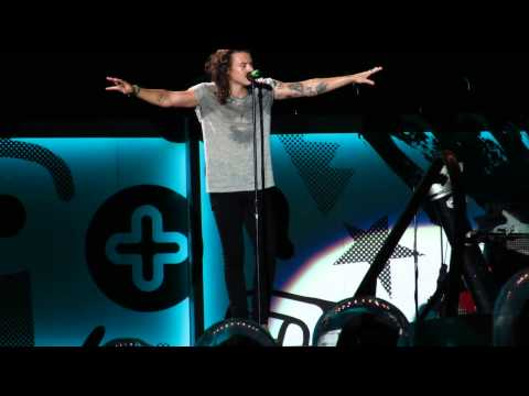 """This is a Family Show"" - Harry Styles - Kansas City - 7/28/15"