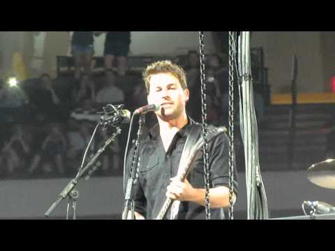 Nickelback - BOTTOMS UP -  Dallas, TX  American Airlines Center - 6-01-2012