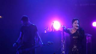 Evanescence - Sick live Manchester O2 Apollo 07-11-11