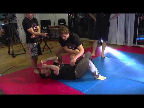 PLEX For Good - UFC Class with Gunnar Nelson