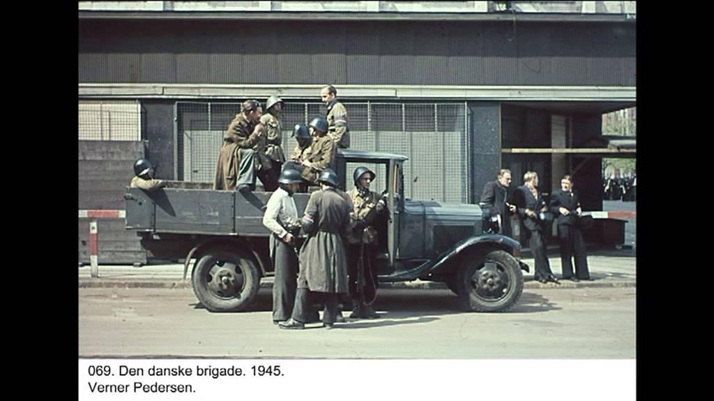 Danske piger billeder gamle danske ordsprog