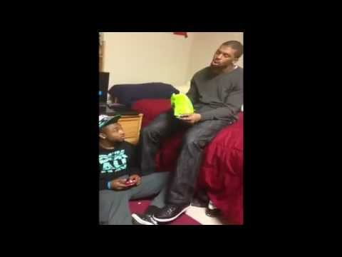 Big Guy Gets Smacked For Dropping Chips On Guy! (Hilarious!)