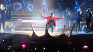 Robbie Williams - She's the One - Live Dublin 2013