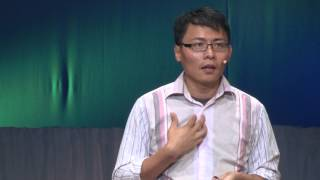 Fast solutions for a brighter future - rapid prototyping entrepreneurship: Tom Chi at TEDxKyoto 2013