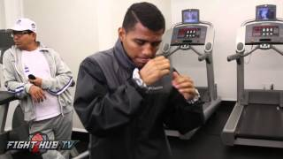 "Roman ""Chocolatito"" Gonzalez light morning workout days away from brian viloria fight"