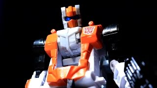 Combiner Wars Deluxe Alpha Bravo (Transformers Generations) - Vangelus Review 269-B