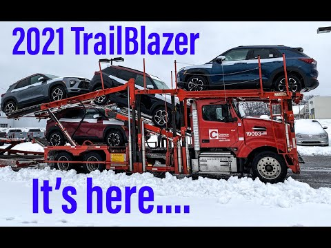 2021 Chevy TrailBlazer- Exclusive First Look! IT'S HERE.