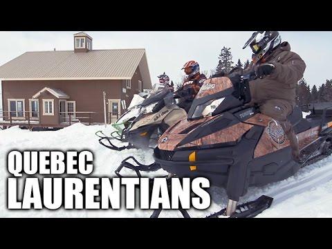 Snowmobiling in Québec Laurentians