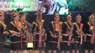 Presentation of Kaamatan Songs & Traditional Dance.wmv