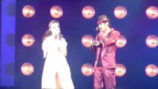 "Jay Chou ft. Lara ""Rooftop"" Live in LA 2011 HD"