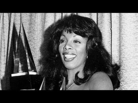 Remembering Donna Summer, John Elway Talks Tim Tebow, Cooking Confidential - Off Duty Friday