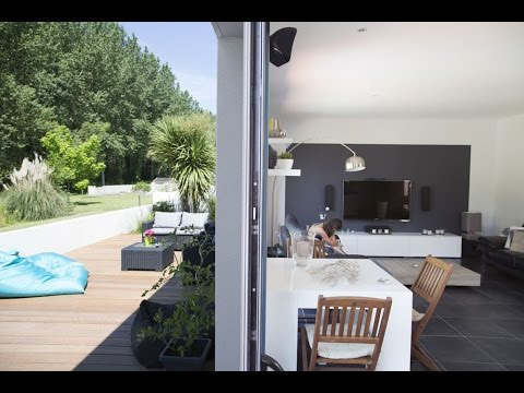 tr s belle maison avec patio la japonaise charente maritime youtube. Black Bedroom Furniture Sets. Home Design Ideas