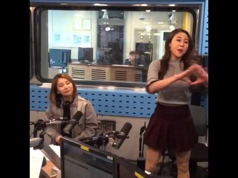 160405 Hwang In Sun & DJ Maximite dance to 'PICK ME' @ SBS Power FM Choi Hwajung's Power Time