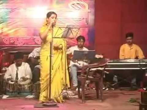 tomader ashore aaj song