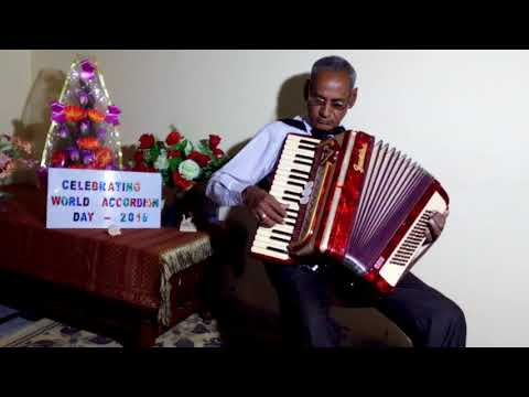 Piano Accordion (27) Song: Tirchi topi wale, Film: Tridev (1989)