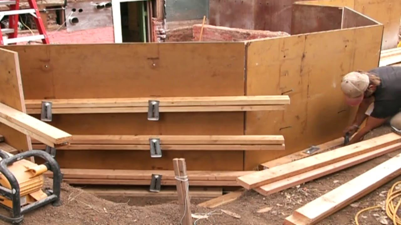 Forming foundation walls youtube for Basement wall forms