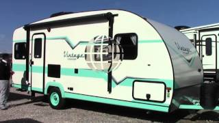 New 2016 Gulf Stream Vintage Cruiser 19ERD Travel Trailer RV - Katy, League City & Mesquite