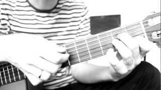 Sean Lennon -- A Monster In Paris (Acoustic Fingerstyle guitar a video lesson Bar_u_lin)(Небольшой урок по игре на гитаре очень мелодичной песни, которая уже достаточно долго меня