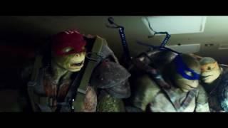 Черепашки-ниндзя 2 - Прыжок с самолета (2016)