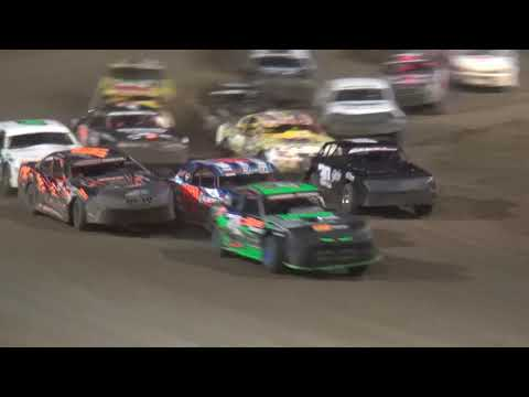 Blue Collar Blowout IMCA Stock Car feature Independence Motor Speedway 9/22/18