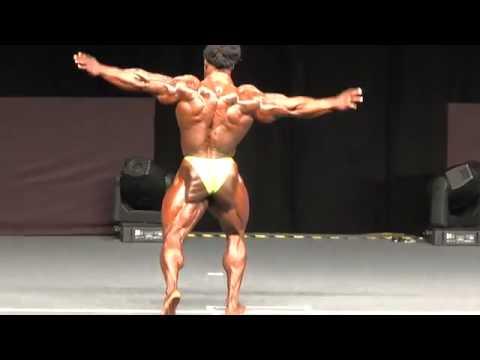 IFBB Pro William BONAC - Ghana Posing on stage