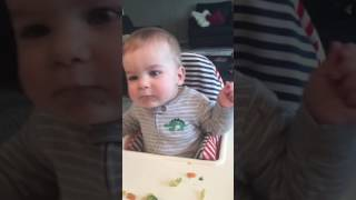 Video Baby can't stop laughing at mom's hiccups download MP3, 3GP, MP4, WEBM, AVI, FLV Juli 2018