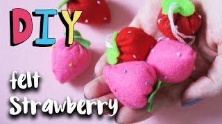 DIY | Kawaii Felt Strawberry Plush