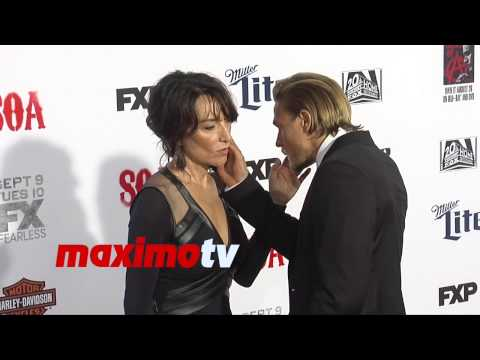 Charlie Hunnam & Katey Sagal | Sons of Anarchy Season 7 Premiere | Red Carpet
