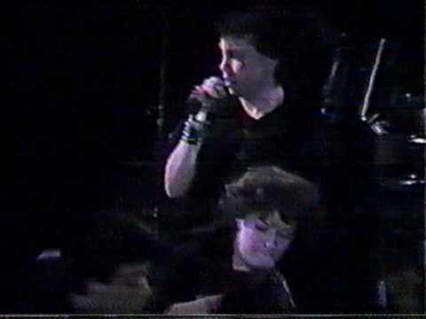 V12 - Humans Mad   Live RRV 1988