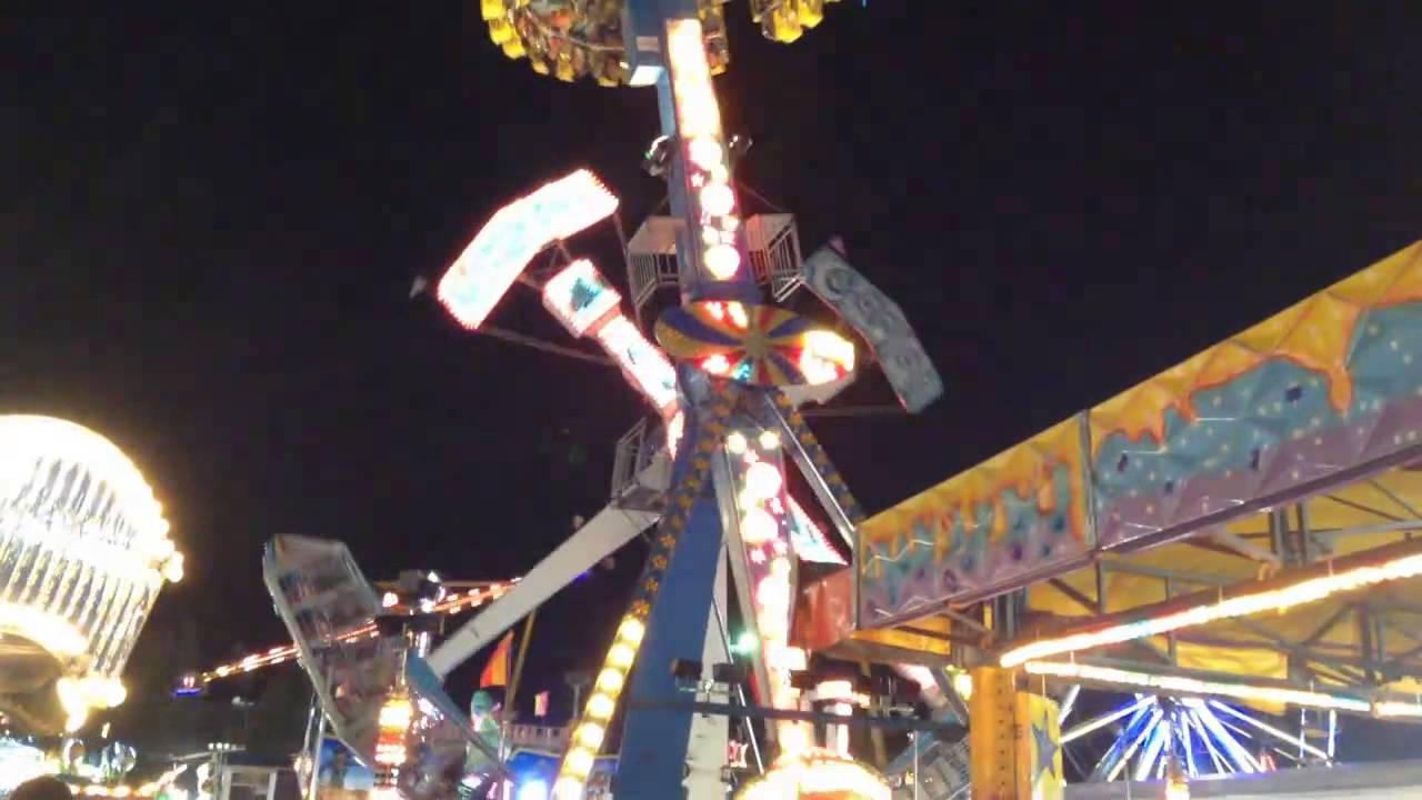 Jupiter Entre Otros Juegos Mecanicos Feria Estatal De Leon 2013