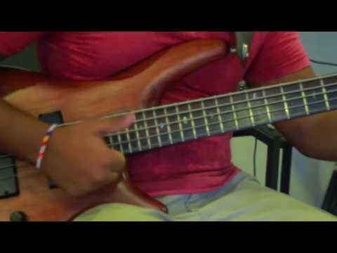 Download Youtube: Amazing slap bass solo