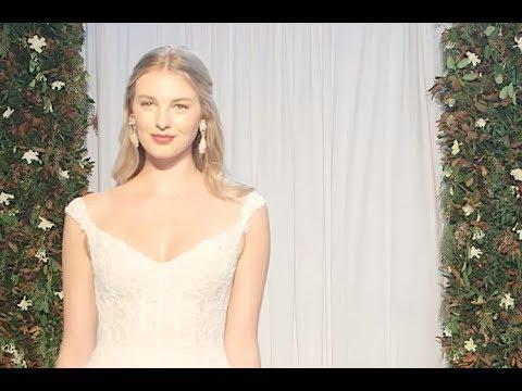 ANNE BARGE New York Bridal Fashion Week Fall 2018 - Fashion Channel