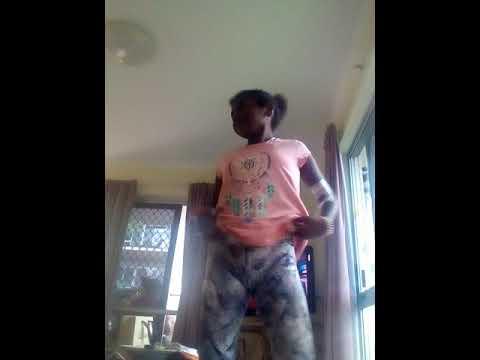 Mornington island girl show how its done